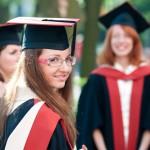 Куда может устроиться выпускник экономического факультета